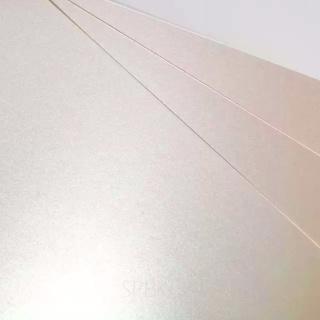 Бумага и картон SIRIO PEARL, Oyster Shell 125 гр.